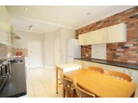 4 bedroom house in Wentworth Park, FINCHLEY, N31
