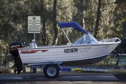 2003 Savage Kestrel runabout /fishing boat 40hp