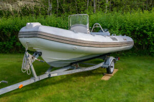 16' Rigid Inflatable Boat with Evinrude E-TEC 50 hp Motor
