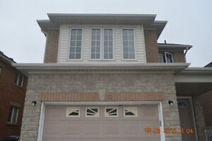 4 B/R Detached house for Rent at of Ray Lawson & Mavis