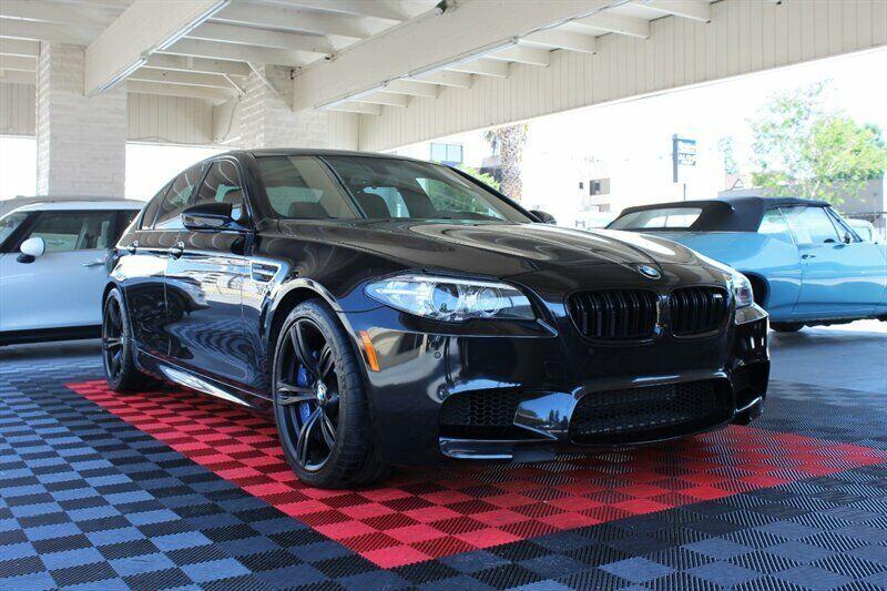 2016 BMW M5  20558 Miles Black Sapphire Metallic  4.4L V8 Automatic