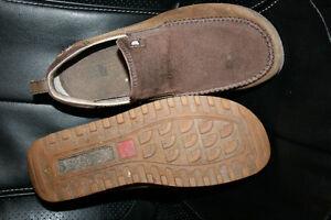 Soulier loafer  NORTH FACE  pour homme grandeur 7 Lac-Saint-Jean Saguenay-Lac-Saint-Jean image 3