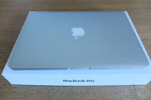 """Mac Pro 13"""" Retina MINT Condition ** ONLY 143 Battery Cycles **"""