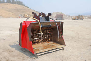 Finning ALLU SM Screener Crusher