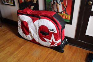 A LOUER / FOR RENT Rental EVOC Case bike box transport vacation