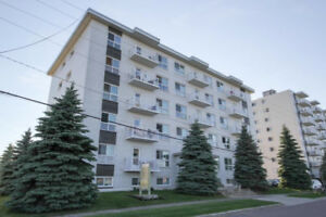 2 BEDROOM APT- ALL INCLUSIVE. LARGE ROOMS