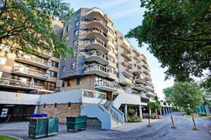LOW rent for Condo in prestigious building  Chomedey water view