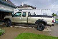 2001 Ford 350 XLT Diesel Pickup Truck - EXCELLENT CONDITION