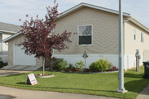 Mobile Home for SALE - Sherwood Park (Check it out)