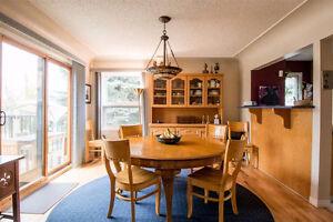 2000+ sqft 5 Bedroom home facing Mill Creek Ravine!!! Edmonton Edmonton Area image 4