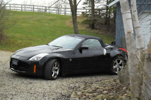 Nissan 350z Roadster -2 door convertable