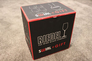 riedel Swirl and Gift Decanter 4 Pc Red Wine Glasses New in Box