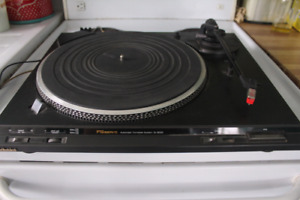 VINTAGE TECHNICS SL-BD22 TURNTABLE