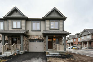 orangeville 3 bedroom corner townhouse for rent move in asap