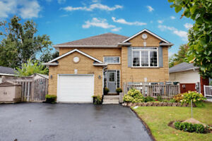 2 Kitchens in Courtice!  Open House Sat/Sun Oct 13/14