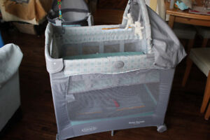 Graco travel lite 3 stage bassinet pack n play baby bed crib