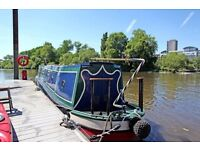 A lovely riverboat situated on the picturesque banks of richmond, Available 1st November 2016.