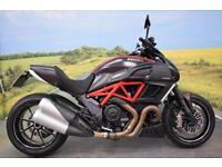 Ducati Diavel Carbon **ABS, Tank Pad, Brembo Brakes**