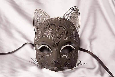 Egyptian Cat Masks (Gatto Fu Gloss - Luxury Egyptian Cat Mask with Swarovski Crystals for Venetian)