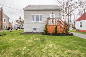 For Sale: 28 Guildwood Cres - Price drop!