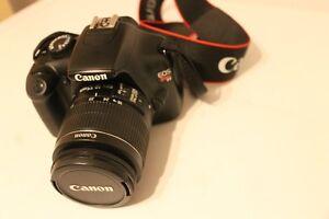Canon EOS T3 a vendre! :)