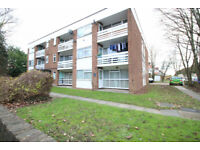 2 bedroom flat in The Gables fLAT 11, THE GABLES, Heston Road, HOUNSLOW, TW5(Ref: 182)
