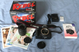 CANON T5i w 18-55mm IS STM lens and 32 gb SD card