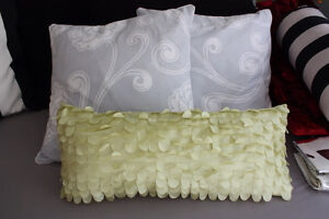 Assorted Throw Cushions West Island Greater Montréal image 3