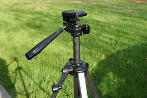 OPTEX T-15 Camera Tripod Lightweight