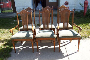 Large Wooden Dining Room Table & Six Chairs Kitchener / Waterloo Kitchener Area image 5