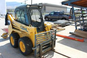 Skidsteer GEHL 4640 Turbo Diesel LOW HOURS