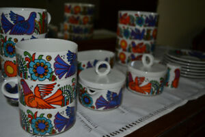 Villeroy + Boch Fine China. Acapulco Pattern, Blue Stamp, Milano