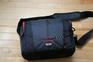 For Sale DSLR Canon camera/camcorder bag