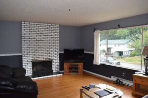 5 Bed 2 Bath in Gold River Campbell River Comox Valley Area image 2