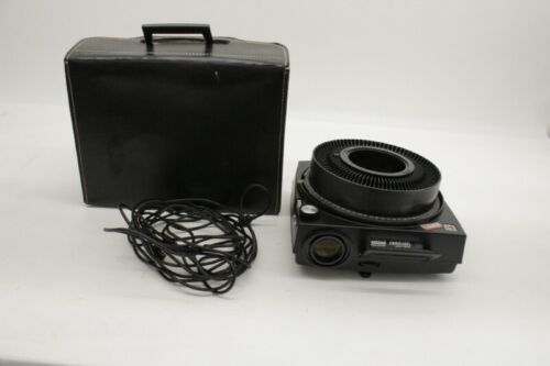 Kodak 760H Auto Focus Carousel Projector and Case