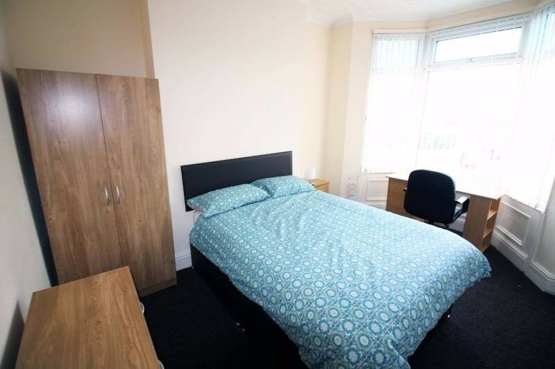 CHEAP UPTON PARK DOUBLE Room