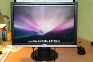 Ecran geant d'ordinateur professionnel Viewsonic 22po VA2226W  S