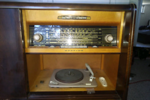 Korting Aquamarine Radio/Record Player