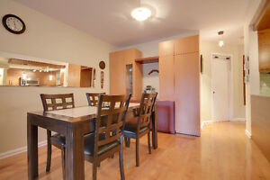 Condo on two floors 1 bedroom up and 2 down + 2 bathrooms West Island Greater Montréal image 3