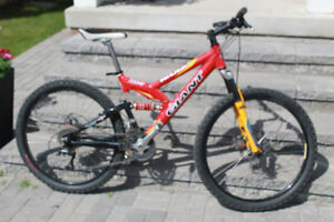 Giant Warp DS1 Mountain Bike, disc brakes, clip in pedals