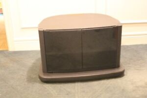 """TV stand 26"""" x 18.5"""""""