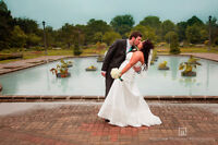 Wedding Photographer Looking For Awesome Couples!
