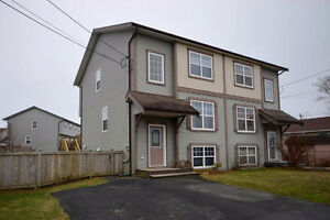 Located in the heart of the community - OPEN HOUSE 07/16 2-4pm