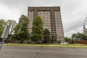 Condo for sale near Bank and Hunt Club!
