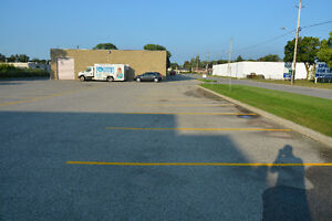 For Lease: CLARKE ROAD BUSINESS CENTRE London Ontario image 4