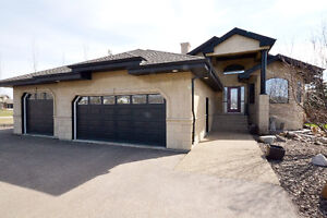 BEAUTIFUL ESTATE HOME MINUTES FROM SHERWOOD PARK IN BOAG LAKE