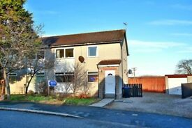 Large 3 bedroom ground floor property with garage and private garden. Cruden Bay