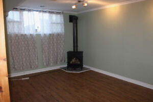 LOWER FLOOR OF HOUSE FOR RENT