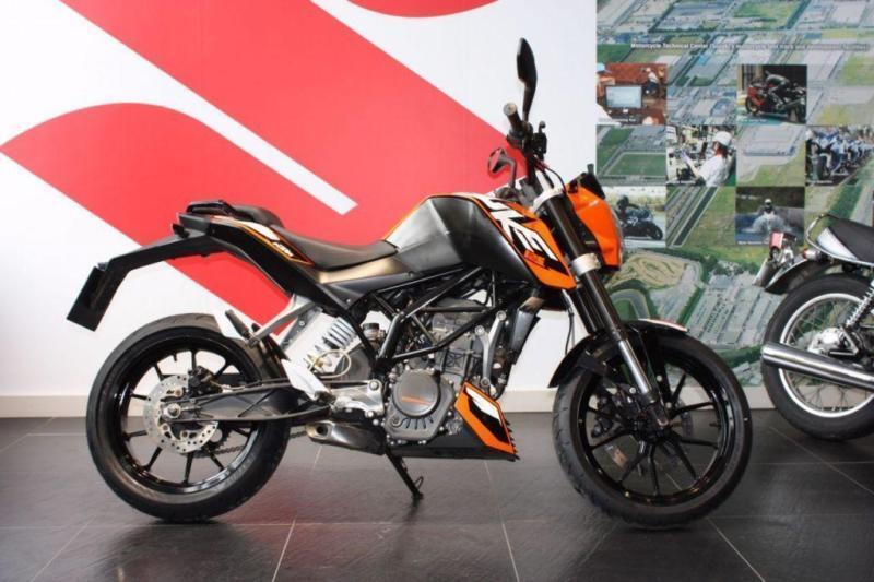 2012 62 KTM 125 DUKE ORANGE