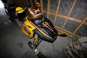 2005 skidoo MXZ renegadeX 600 SDI